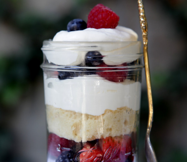 Mixed Berry Cake Parfait
